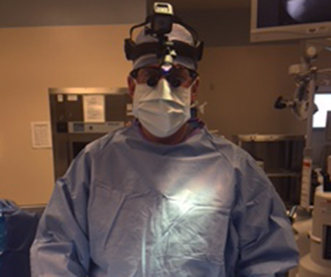 Dr James Lynch, go pro and cordless headlight for optimal illumination of the surgical field